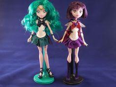 Custom Super Sailor Neptune and Saturn MH Doll by djvanisher on DeviantArt Custom Monster High Dolls, Monster High Repaint, Custom Dolls, Sailor Neptune, Sailor Saturn, Sailor Moon Outfit, Doll Painting, Anime Dolls, Smart Doll