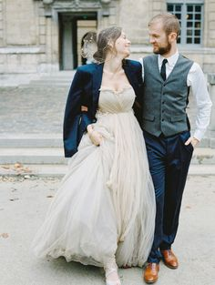 Romantic Paris Wedding Elopement Inspiration - dreamy wedding gown and birdcage veil // Pinned by Dauphine Magazine, curated by Castlefield (wedding invitation, branding, pattern designs: www.castlefield.co). International Couture Fashion/Luxury Wedding Crossover Magazine - Issue 2 now on newsstands! www.dauphinemagazine.com. Instagram: @ dauphinemagazine / @ castlefieldco. Dauphine and Castlefield only claim credit for own images.