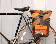 Handmade bike bag for commuters. Pannier that turns into a backpack! http://nymb.co