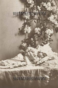 Digital download baby sleeping vintage door vintagepostoffice