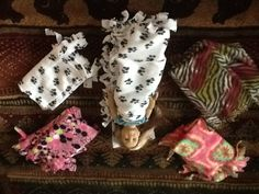 American Girl doll sleeping bag craft. A tie blanket but don't tie the top! Smart!