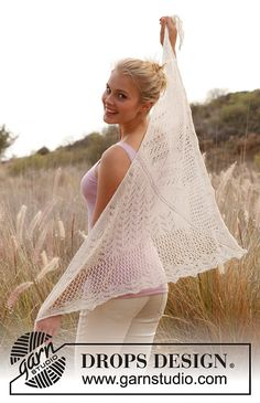 So pretty, as soon as I can afford the yarn I'm doing it!