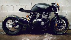 RocketGarage Cafe Racer: Short Kawa
