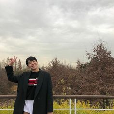 Ulzzang Boy, Korean Actors, Instagram Feed, Kdrama, It Cast, Kpop, Boys, Pretty, Salsa