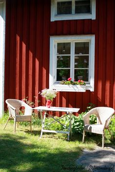 Swedish Cottage, Red Cottage, Swedish House, Cottage Living, Nordic Home, Scandinavian Home, Red Houses, Country Farm, Country Rose