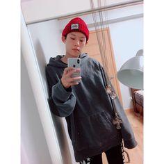 Kim Sang, Korean Actors, Instagram Posts, Fashion, Moda, Fashion Styles, Korean Actresses, Fashion Illustrations, Fashion Models