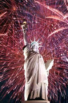 Online info on Fourth of July 2016 photos, pics, of July fireworks images and USA Independence day pictures and more. 4th Of July Nyc, Happy Fourth Of July, July 4th, Best Fireworks, 4th Of July Fireworks, Fireworks Photos, Fireworks Displays, Fireworks Art, Wedding Fireworks