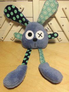 Doudou lapin grandes pattes - bleu pois flocons : Jeux, peluches, doudous par melomelie