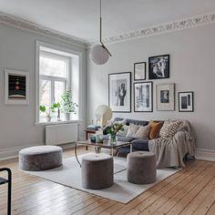 Hoy en mi stories comparto contigo una mini leccin Gallery Wall, Living Room, Home Decor, Mini, Cozy, Salons, Interiors, Note, Interior