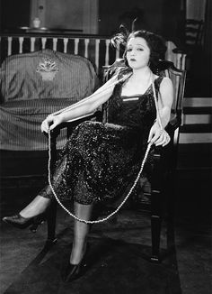 "silentmovies: "" Bebe Daniels in Two Weeks Pay, 1921 "" 30s Fashion, Fashion History, Retro Fashion, Vintage Fashion, Child Actresses, Actors & Actresses, 1920s Fashion Photography, Bebe Daniels, Bessie Love"