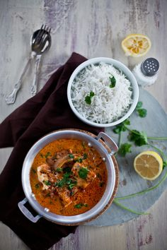Fish curry with coconut milk  Ingredients  for the chili paste  7 to 8 dry red chilies  1/4 cup water  4 garlic cloves  1/2 tablespoon coriander seeds  1/2 tablespoon cumin seeds  1 teaspoon of cayenne powder  juice of 1/2 lemon  rest of the ingredients  2 fillets of cod, cut in bite size cubes  1-1/2 cup coconut milk  1 small onion, thinly sliced  chopped fresh cilantro for garnish  oil  salt