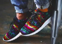 Nike ID Roshe Run Pendleton (by niwreig) – Sweetsoles – Sneakers, kicks and trainers. On feet.
