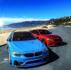 BMW F82 M4 blue red