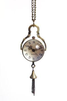 lovely watch necklace... very steampunk