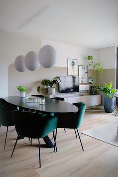 Home Interior Design, Interior Styling, Interior Architecture, Interior And Exterior, Dining Room Design, Dining Area, Dining Chairs, Interior Inspiration, Sweet Home