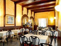sale interne ristorante pizzeria Arlecchino a Bergamo, pizza e cucina tradizionale