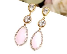 Blush Pink Earrings ,Pink Opal Gold Wedding Earrings, Bridemaid Gift, Pink Post Earrings, Pink Dngle, Drop,post earrings von LaLaCrystal auf Etsy https://www.etsy.com/de/listing/206195440/blush-pink-earrings-pink-opal-gold