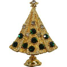 Vintage Gold-Tone Rhinestone Christmas Tree Brooch
