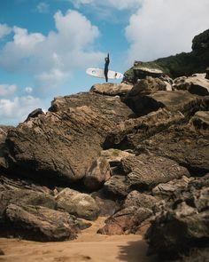 My feet hurts but it was worth it 👣#rocks #beach #Zarautz #Spain #basquecountry #surfcamp #ujusansa #surf #surfgirl