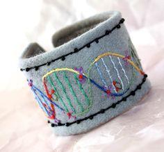 Bracelet EcoFriendly Textile fabric cuff DNA Science por Waterrose