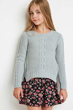 Moda Niña. Jersey de punto con tricotado de cable, en aguamarina o blanco, de Forever 21