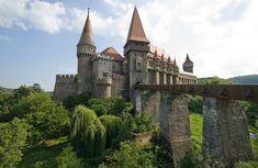 Hunedoara im Rumänien Reiseführer http://www.abenteurer.net/2777-rumaenien-reisefuehrer/