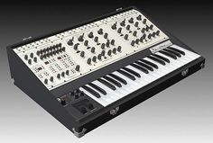 Tom Oberheim Two Voices Pro