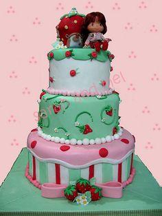 Strawberry Shortcake Cakes | bigFATcook