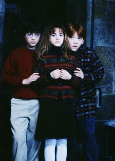 Harry, Hermione, and Ron. They're so tiny <3