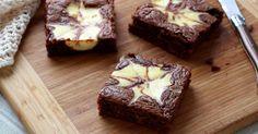 """Diaporama """"Brownie marbré façon cheesecake"""" - Faites fondre le chocolat et le beurre"""