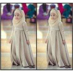 Muslim Dress For Kid Children Dress Cheap Long Sleeveless Floor Length Empire… Flower Girl Gown, Cheap Flower Girl Dresses, Cheap Dresses, Flower Girls, Gowns For Girls, Frocks For Girls, Girls Dresses, Girls Communion Dresses, Muslim Dress