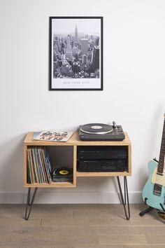 Record Shelf, Vinyl Record Storage, Ideas Decoracion Salon, Music Corner, Room Interior, Interior Design, Home Theater Rooms, Deco Design, Diy Room Decor