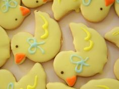 Rubber duck cookies-- go order a cookie cutter! Duck Cookies, Cut Out Cookies, Easter Cookies, Yummy Cookies, Cookie Icing, Baby Shower Cookies, Baby Time, Cute Food, Rubber Duck