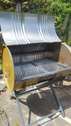 Barbeque Design, Grill Design, Fire Pit Bbq, Diy Fire Pit, Diy Grill, Barbecue Grill, Oil Drum Bbq, Barrel Bbq, Outside Fire Pits