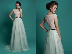 Elegantes Kleid, chiffon Kleid, Hochzeit Spitzenkleid Boho Kleid, Mint Bohemian, Wedding Dress von LilyWeddings auf Etsy https://www.etsy.com/de/listing/264096928/elegantes-kleid-chiffon-kleid-hochzeit