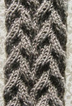 Point reversible Plus French Pattern, Couture, Points, Diy, Long Scarf, Ponchos, Picasa, Crocheting, Bricolage