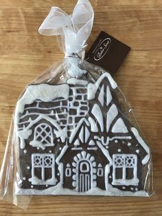 Baker Street Midwest Cannon Falls Christmas Ornament Gingerbread Cottage House