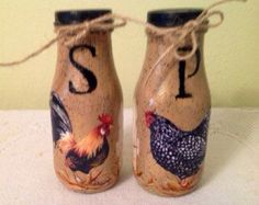 Rooster Hen Salt Pepper Shakers Rooster Kitchen Housewarming Gift Rooster Lover Country Home UpCycled Bottles Home Decor Country Kitchen Chicken Kitchen Decor, Rooster Kitchen Decor, Rooster Decor, Kitchen Themes, Kitchen Ideas, Country Chicken, Country Kitchen, Country Homes, Country Decor
