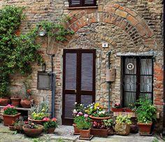 CASTELL'ARQUATO (Emilia-Romagna) - Italy  - by Guido Tosatto
