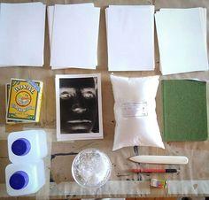 Setup for today's Alternative Dream - Salted Paper experiments Tudo a postos para o Alternative Dream de hoje - experiências com Papel Salgado  #alternativedreams #processosalternativos #alternativeprocesses #saltedpaper #papelsalgado #sizing #gelatinaroyal #archesplatine #arches88 #fabrianoartistico #fabrianoaccademia #imagerie #lisboa #5dcreativehub #marvila