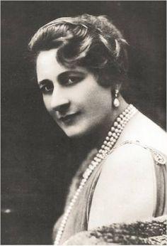 Scottish-American operatic soprano Mary Garden (1874-1967)