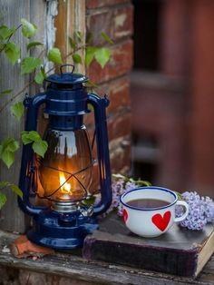 Coffee strong, me time long. Sweet Coffee, Coffee Love, Coffee Break, Splash Photography, Coffee Photography, Nature Photography, Camping Photography, Color Splash, Color Pop