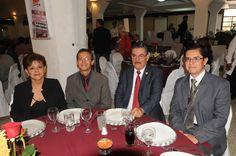 En el festejo del 65 aniversario: Con nuestros invitados.