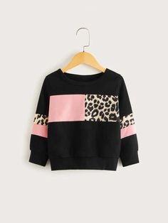 Toddler Girls Contrast Panel Leopard Pattern Sweatshirt For , Fashion Niños, Trendy Fashion, Fashion Outfits, Kids Outfits Girls, Girl Outfits, Crop Top Outfits, Casual Outfits, Trendy Hoodies, Girls Winter Coats