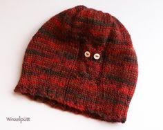 Diese kleine Mütze schützt alle Herbst-und Winterbabys bestens vor der Kälte. Gefertigt aus reinem Baby-Alpaka-Garn in handgefärbten Rot-Braun-T...