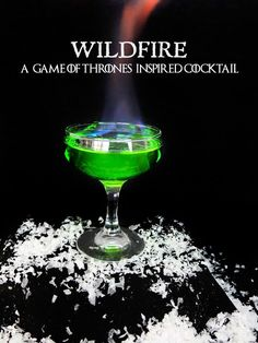 A flaming Game of Thrones inspired cocktail for your next Game of Thrones viewing party! Inspired by the green explosive Wildfire used in the show. This easy Game of Thrones cocktail is caught fire with Bacardi 151 rum and sweetened by using a mix of Mido Flaming Cocktails, Vodka Cocktails, Cocktail Drinks, Cocktail Recipes, Alcoholic Drinks, Midori Cocktails, Game Of Thrones Drink, Game Of Thrones Cocktails, Game Of Thrones Cake