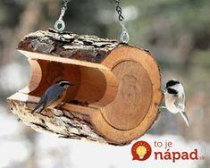 New Diy Holz Vogelhaus 34 Ideas Rustic Bird Feeders, Hanging Bird Feeders, Rustic Candle Holders, Rustic Candles, Log Decor, Rustic Decor, Country Decor, Old Wood Table, Tree Branch Decor
