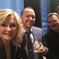 """Amy Carlson (@theamycarlson1) on Instagram: """"Love these guys! #TV Family @bluebloods_cbs @92ndstreety @donniewahlberg #TomSelleck"""""""