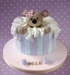 Teddy in a box baby shower cake Torta Baby Shower, Baby Shower Cake Pops, Cupcakes, Cupcake Cakes, Teddy Bear Cakes, Baby Girl Cakes, Birthday Cake Girls, Novelty Cakes, Fancy Cakes