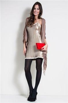 vestido bordado paetê dourado fosco - ModaPontoNet #brilhos #paetes #shinedress #womenswear #feminino #FocusTêxtil